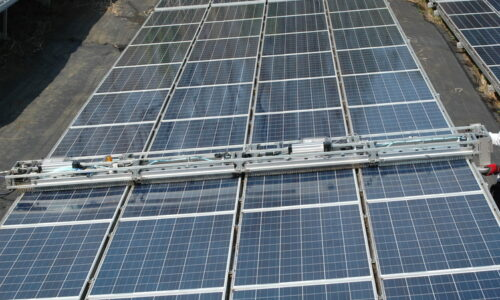 ソーラーパネル洗浄